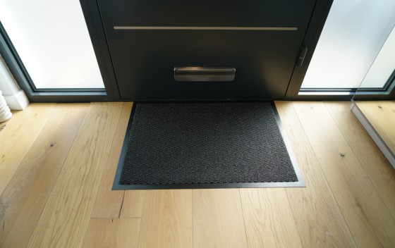Leyla_Heavy-Duty-Barrier-Mats-ANTHRACITE-FRONT