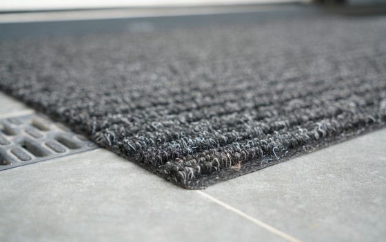 Trappers_Needle-Punch-Mats_ANTHRACITE_CORNER